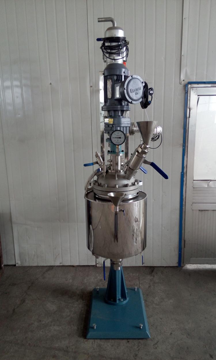 TFCF系列-磁流体、电加热管、带冷凝接收1